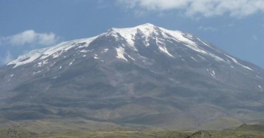 Polki zaatakują Ararat