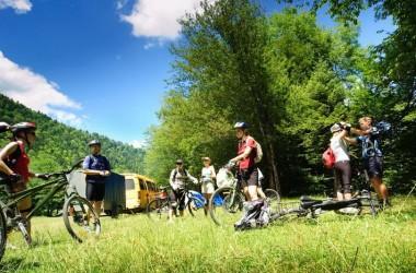 8 rad dla planujących wakacje z biurem podróży