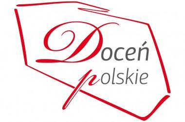 """Znak """"Doceń polskie"""" na billboardach marki Rębek"""