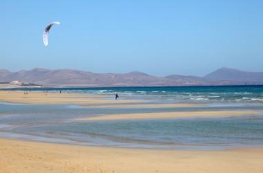 Słoneczne Baleary i wulkaniczne Wyspy Kanaryjskie