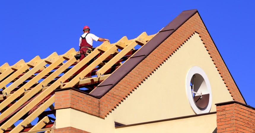 Dobry dach gwarancją na suche mury