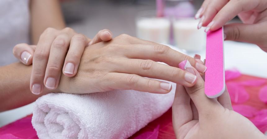 Pilniki i polerki do paznokci – jakie najlepiej wybrać?