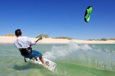 Jak szukać dobrego szkolenia z kitesurfingu?