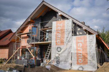 Jak wybrać optymalny materiał do ocieplenia domu?