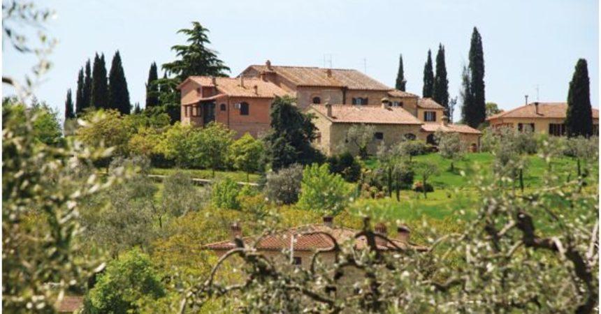 Słoneczne wzgórza Toskanii – idealne miejsce na wakacje!