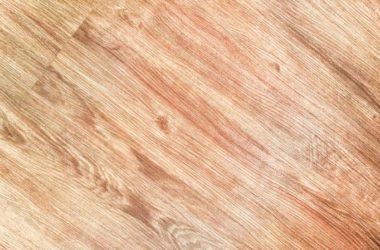 Jak czyścić drewnianą podłogę?