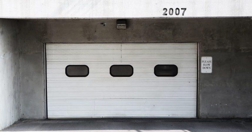 Bezpieczny garaż, czyli nowoczesna automatyka do bram we Wrocławiu