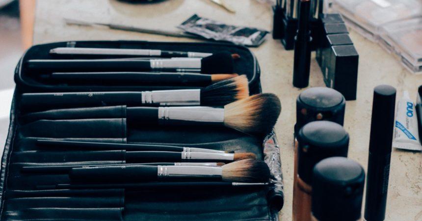 5 kosmetyków, które każdy powinien mieć w kosmetyczce