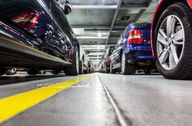 Oficjalny czy prywatny – który parking przy lotnisku wybrać?
