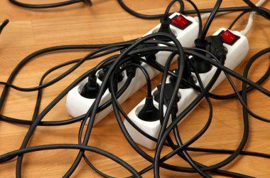 Sprytne sposoby na organizację kabli