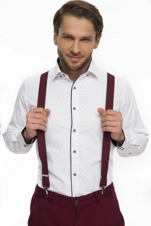Dopasowane do spodni szelki męskie w kontrastującym z koszulą kolorze bordowym