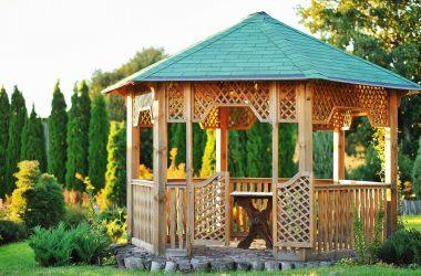 5 rzeczy, których nie może zabraknąć w funkcjonalnej altance ogrodowej