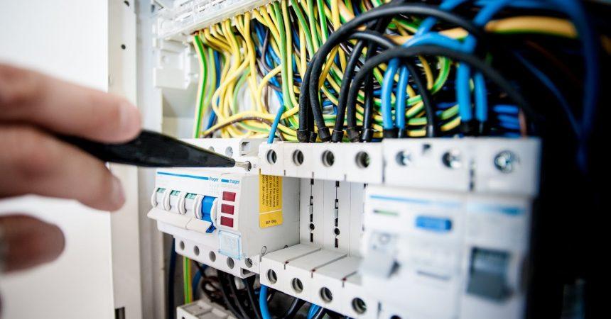 Jak dobrać odpowiedni opornik do diody LED?