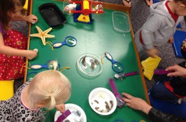 Zajęcia w przedszkolu – co robi Twoje dziecko?