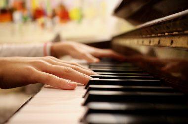 Nauka Gry na Pianinie – Dlaczego Warto