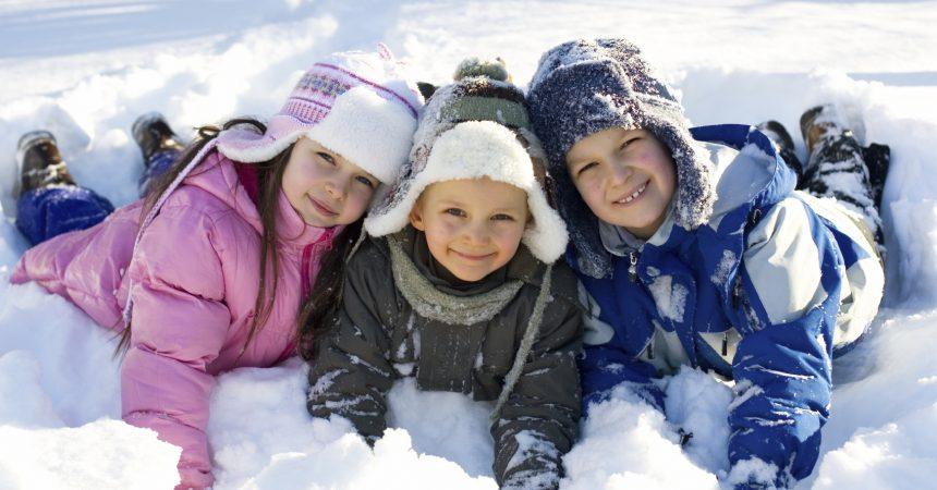 Ferie zimowe z dziećmi – domy i apartamenty w górach.