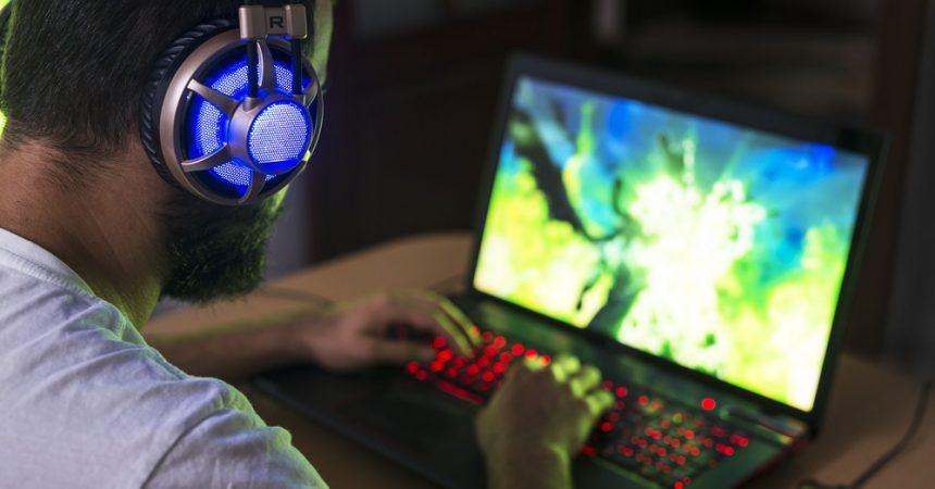 Na co zwrócić uwagę, kupując laptop do gier?