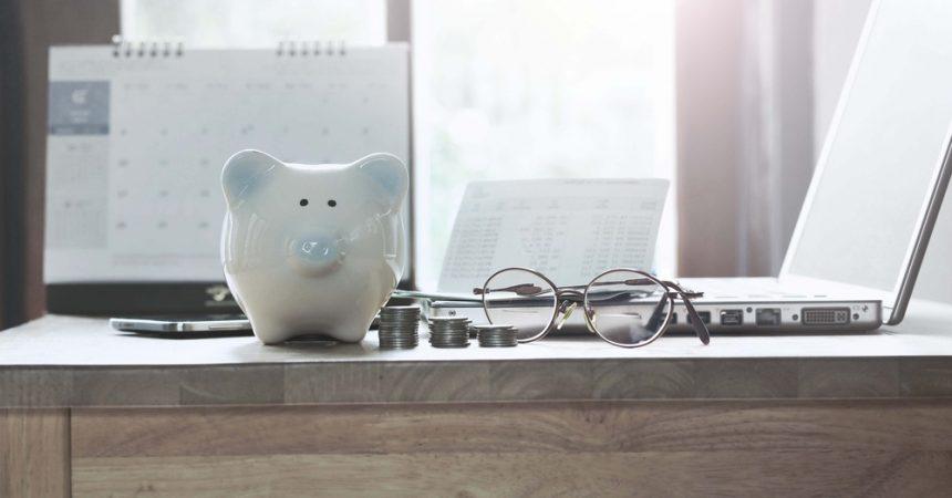 Jak oszczędzać i następnie inwestować własne oszczędności?