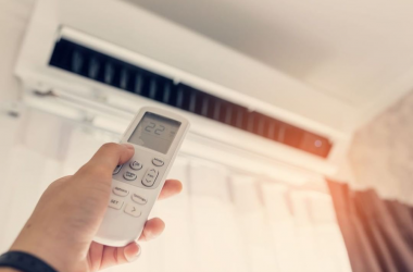 Klimatyzacja staje się nieodzownym sprzętem nawet w domu. Dlaczego należy ją serwisować?