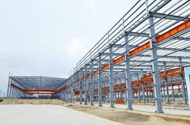 Na co zwrócić uwagę, inwestując w konstrukcję stalową?