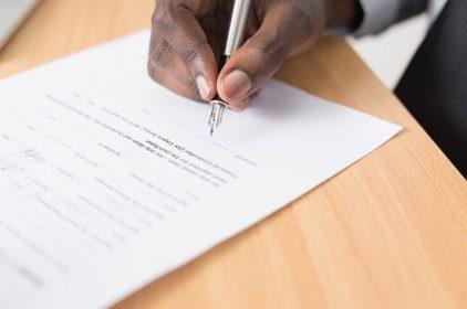 Wynajem biura – jak powinna wyglądać umowa?