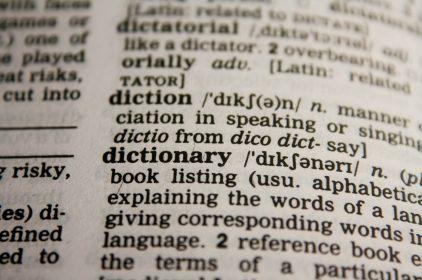Chcesz zamówić tłumaczenie specjalistyczne? Sprawdź, co musisz wiedzieć!