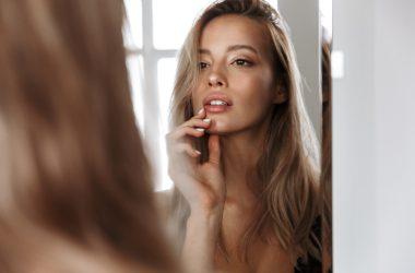Uroda w zaciszu domowym – jak łatwo zadbać o włosy, twarz i paznokcie
