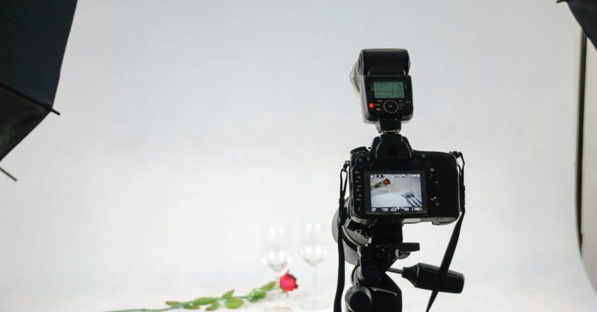 Jak zorganizować domowe studio fotograficzne?